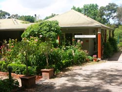 Treetops Bed And Breakfast - Accommodation Airlie Beach