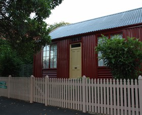 19th Century Portable Iron Houses - Accommodation Airlie Beach