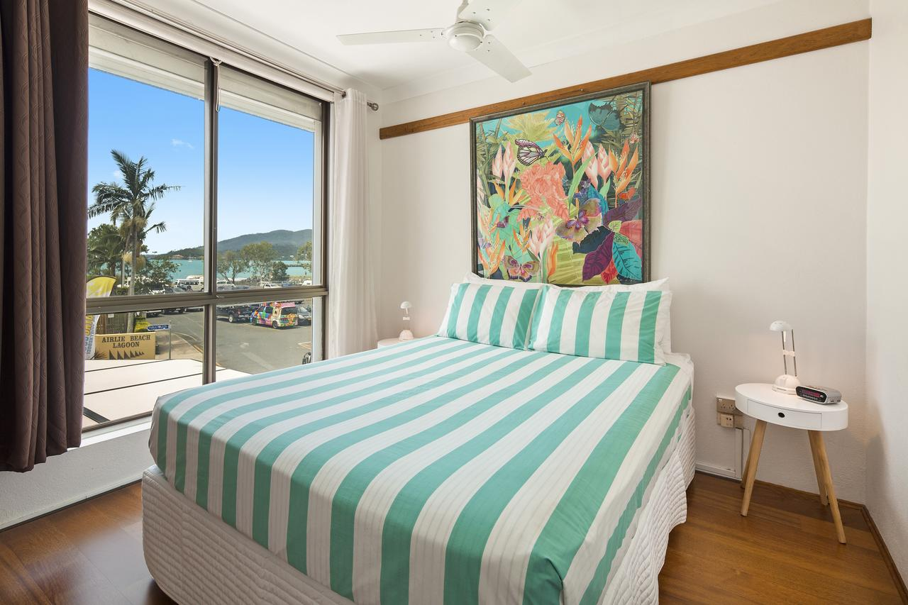 Montipora - Accommodation Airlie Beach